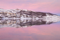 Pink hour in the lake Royalty Free Stock Photos
