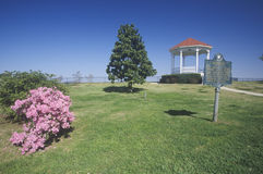 Pink Magnolias in Natchez, MS - sign and gazebo in roadside park overlooking MS River Royalty Free Stock Images