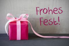 Pink Present, Frohes Fest Means Merry Christmas Royalty Free Stock Photos