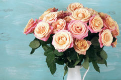 Pink roses in jug Royalty Free Stock Photos