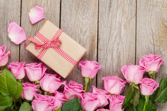 Pink roses and valentines day gift box Stock Image