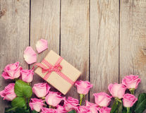 Pink roses and valentines day gift box Royalty Free Stock Photo