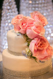 Pink Roses on a wedding cake Royalty Free Stock Photos