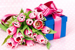 Pink tulips and gift box Royalty Free Stock Photography