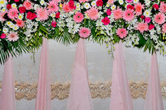 Pink and white backdrop flowers arrangement Royalty Free Stock Photos