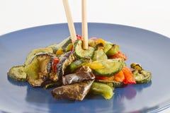 pinnar grillade blandade grönsaker Arkivbild