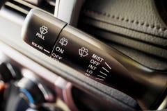 Pinne för kontroll för torkare för bilregnvindruta Arkivfoto