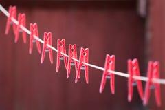 Pinnen op een lijn Stock Afbeeldingen