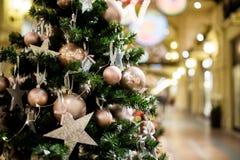 Pino di Natale con le palle Fotografia Stock Libera da Diritti