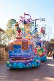 Pinocchio jazda na kolorowym pławiku w DisneyWorld paradzie obrazy stock