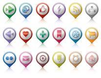 Pinos com os botões sociais dos meios Fotos de Stock Royalty Free