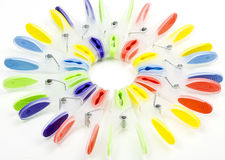 Pinos de roupa coloridos Imagens de Stock