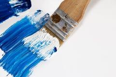 Pinsel mit Acryl Farbe Stockfoto