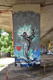 Pintada de un ángel, creada por las fans del club del fútbol de Legia Varsovia Foto de archivo