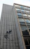 Pintada del comprador de Banksy que cae Fotografía de archivo libre de regalías