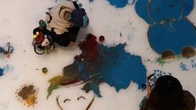 Pintada del hielo el día del ` s de los niños