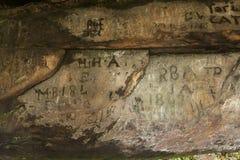 Pintada en la cueva del St Cuthberts, Northumberland inglaterra Reino Unido Fotografía de archivo libre de regalías