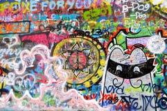 Pintada en la pared del lennon de Juan en Praga Imagen de archivo libre de regalías