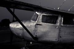 Pinte descascado fora do avião de Cessna 172 Imagem de Stock Royalty Free
