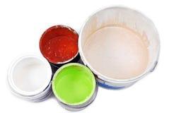 Pinte las latas aisladas en blanco Imagen de archivo