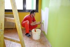 Pintor na ação imagens de stock royalty free