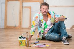 Pintor y su arte Imagenes de archivo