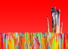 Pintura abstrata com escovas de pintura Fotografia de Stock Royalty Free