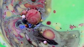 Pintura acrílica multicolora con el modelo de mármol Pintura y burbujas abstractas