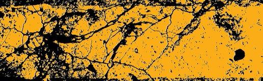 Pintura amarela rachada da estrada ilustração stock