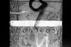 Pintura blanca en el pilar concreto II Fotografía de archivo libre de regalías