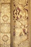 Pintura budista en la puerta del templo Imagen de archivo libre de regalías