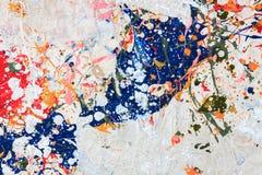 Pintura colorida en el fondo de madera Fotos de archivo libres de regalías