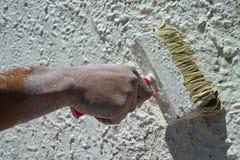 Pintura com uma escova grande Imagem de Stock Royalty Free