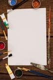 Pintura da aquarela e escovas de pintura e Livro Branco Fotografia de Stock