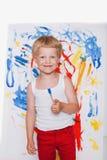 Pintura da criança com imagem do pincel na armação Educação creatividade foto de stock royalty free