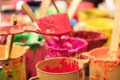 Pintura de óleo e escovas de pintura Imagem de Stock Royalty Free