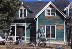 Pintura de casa Fotos de archivo