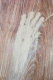 Pintura de la mano en la pared de madera fotografía de archivo libre de regalías