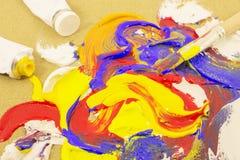 Pintura de mezcla del cepillo en lona Foto de archivo libre de regalías