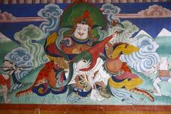 Pintura de pared antigua en el Tashichho Dzong Imágenes de archivo libres de regalías