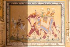 Pintura de parede histórica no forte de Nahargarh, Jaipur, Rajasthan foto de stock
