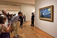 Pintura de Van Gogh en el museo del arte moderno Imagenes de archivo
