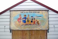Pintura descarada de la choza de la playa de la postal Fotografía de archivo