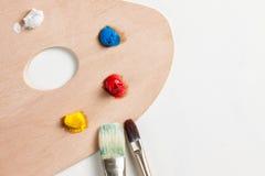 Pintura e escovas de pintura Fotos de Stock