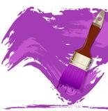 pintura e escovas roxas da mancha Fotografia de Stock