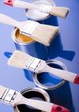 Pintura e latas Imagens de Stock Royalty Free