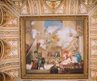 Pintura en el techo de la escalera magnífica del  Fotografía de archivo