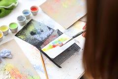 Pintura en la placa de cerámica Foto de archivo