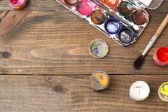 Pintura, escovas, paleta Fotografia de Stock