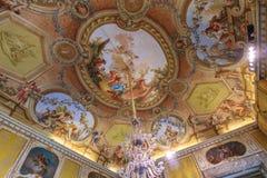 Pintura interior del techo en los di Caserta de Reggia foto de archivo